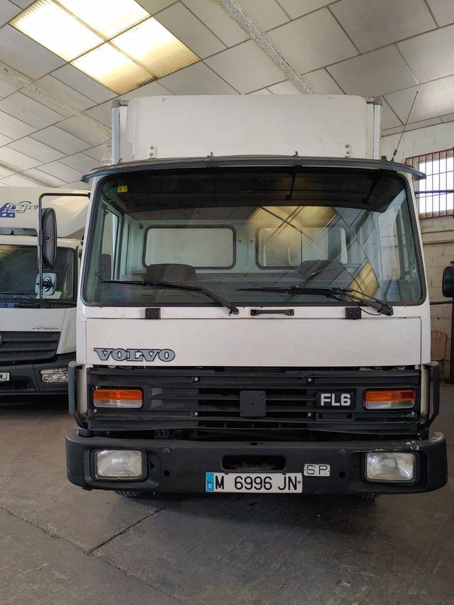 Volvo FL 11 2000