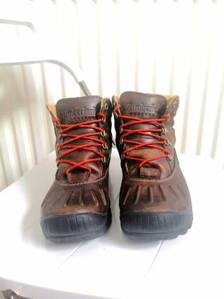 Timberland boots women's Size 4,5