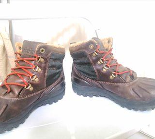 Timberland boots women's Size 4,5