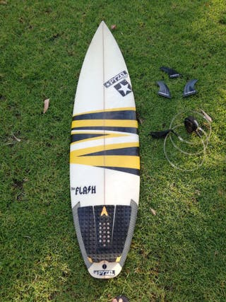 Tabla de surf PYZEL The Flash