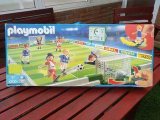 Juguete campo de fútbol Playmobil