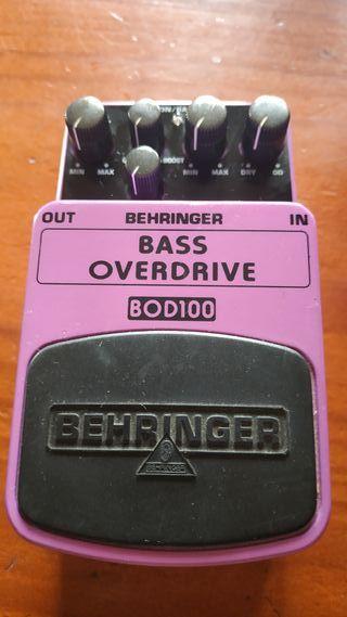 Overdrive Behringer para bajo