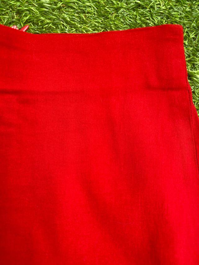 Falda midi ajustada de Fórmula Joven