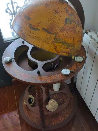 Mueble bar madera bola del mundo