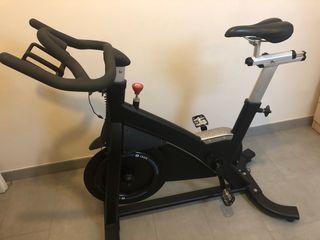 Bici spinning magnética de alta gama