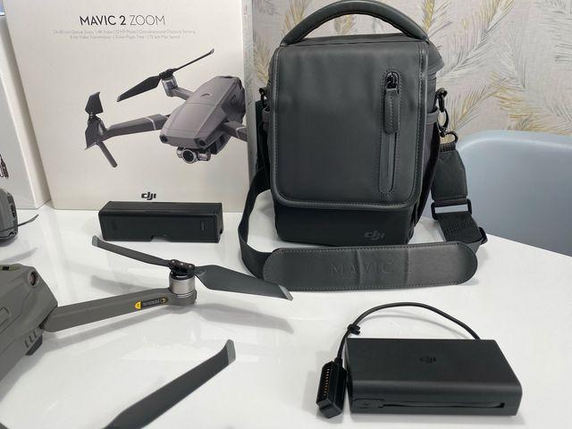 Mavic 2 zoom + fly more combo