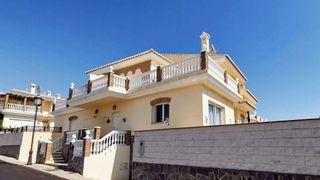 Casa en venta en Urbanización Santa Rosa en Torrox