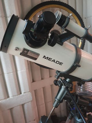 Telescopio profesional Meade 4500 F8