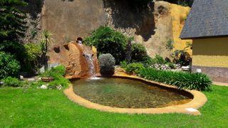 Alquiler casa con impresionante piscina en montaña