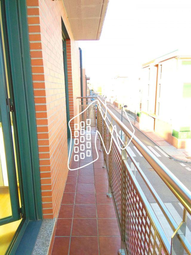 PISO DE 2 DORMITORIOS EN ARROYO DE LA ENCOMIENDA (Arroyo de la Encomienda, Valladolid)
