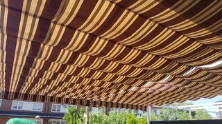 toldo pérgola jardín patio