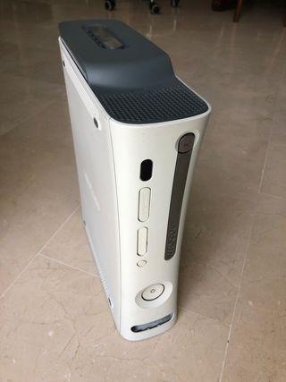 XBOX 360 + GTA V y otros