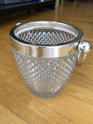 Cubitera de cristal tallado