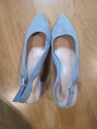 Tacones Bershka azul claro