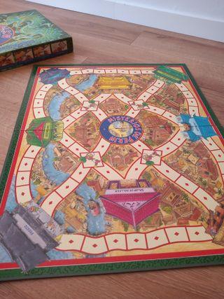 juego de mesa MISTERIOS DE PEKIN