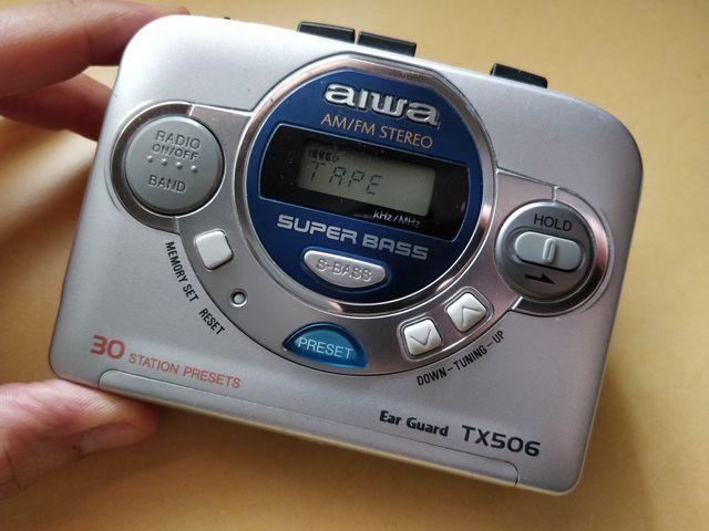 Reproductor de cassettes y radio AM/FM AIWA Tx506