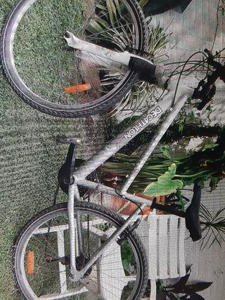 Bicicleta de montaña Decathlon Rockrider