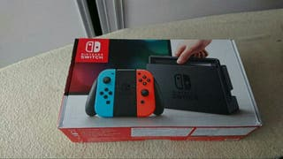 Nintendo Switch + 6 juegos