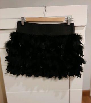 Falda plumas negra