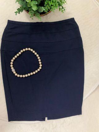 Falda midi azul marino talla M