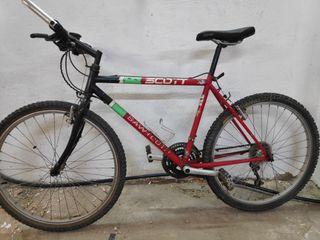 Bicicleta SCOTT modelo SAWTOOTH