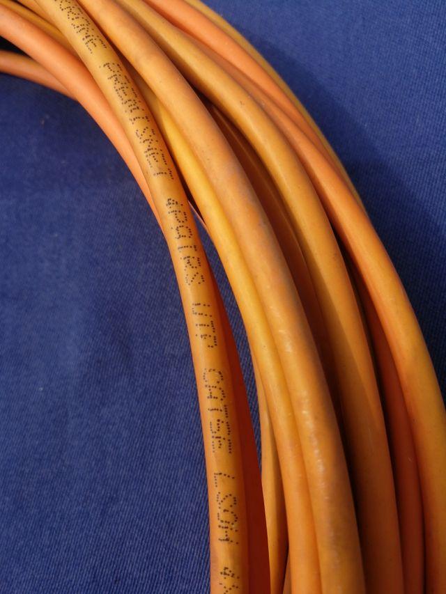 Rollo cable de red