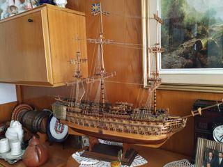 Maqueta de madera del HMS Victory