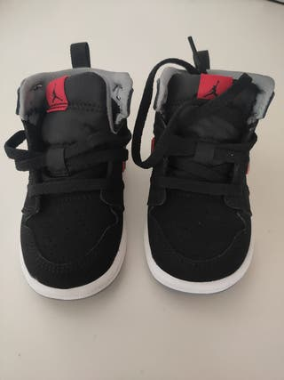 Jordan 1 Mid - Baby Shoes Black