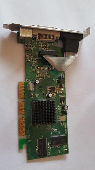 ATI Radeon sapphire 7000 Agp 64M DDR vga dvi