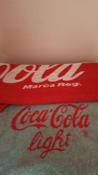 Toallas Coca-Cola para la playa/ piscina.