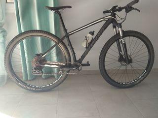 Bicicleta Specialized stumpjumper carbon comp