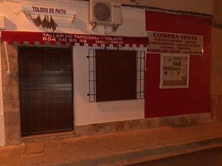 taller de tapiceria y toldos 654509948