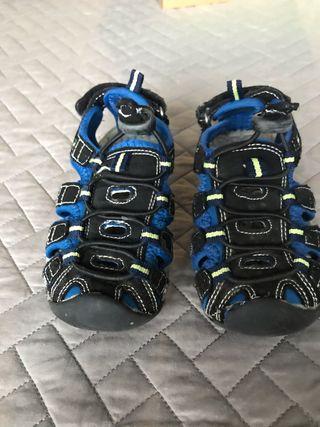 Sandalia talla 25 multisport Mckinley