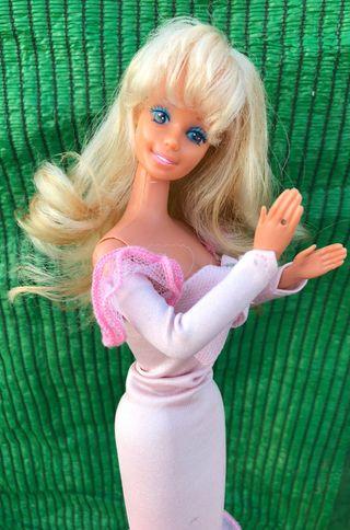 Muñeca barbie congost antigua