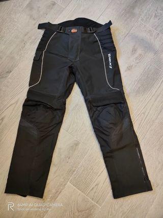 Pantalones IXON impermeables de moto
