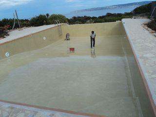 pintura reparación de piscina reformas