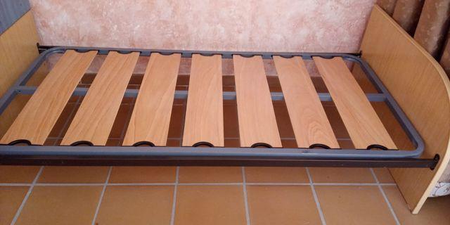 Modulo cama con mesilla incorporado