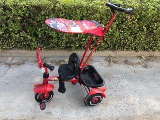 Triciclo infantil de paseo