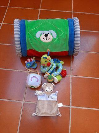 Lote juguetes bebé 0/12 meses