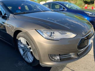 Tesla Model S 85D 422cv 2016