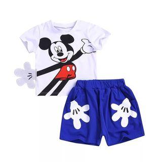 conjunto Mickey niño nuevo 3/4 años