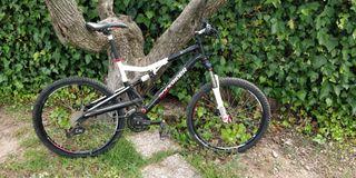 Bicicleta doble suspensión y freno de disco
