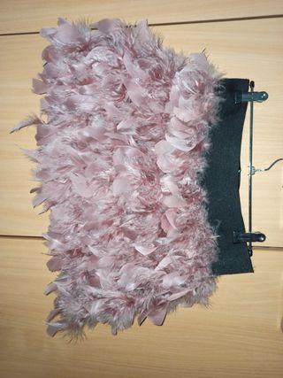 Falda plumas