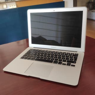 Portatil Macbook Air 2015