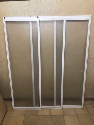 Puertas correderas de mampara