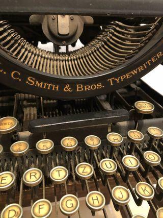 Maquina escribir L C Smith & Bros