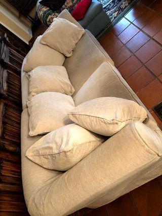 Magnífico sofá en dos módulos