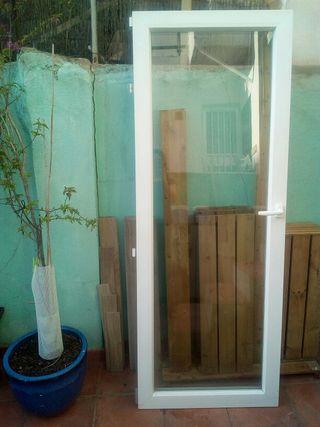 Ventana balconera + Reja
