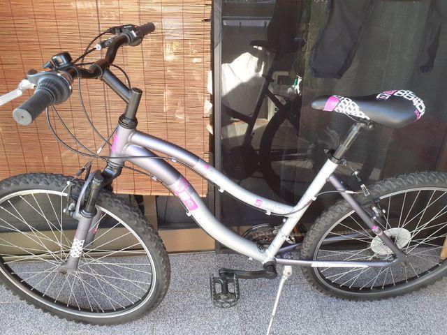 Bicicleta de mujer de aluminio