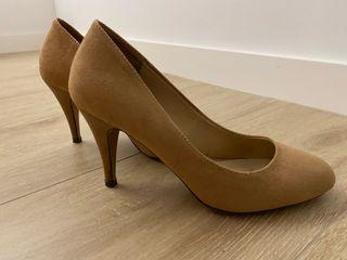 Zapatos nude beige piel vuelta